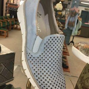 RIEKER Leisure Shoe (NEW) adorable LT Blue